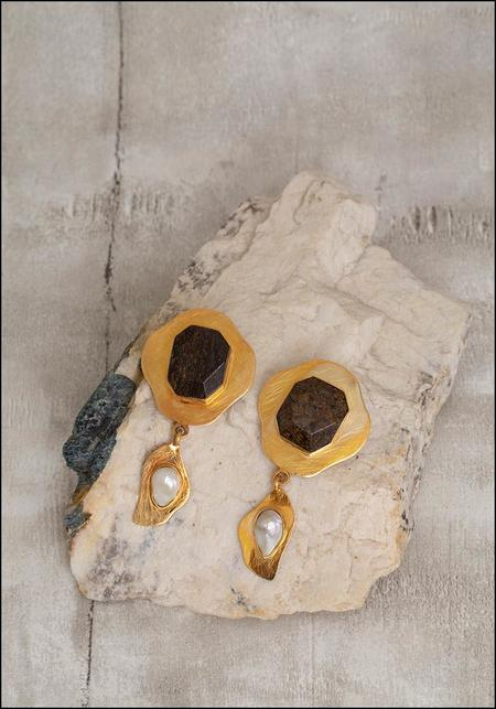 Liya Bronzite Earrings - Gold
