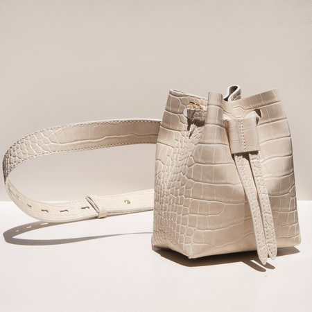 Nanushka Minee Belt Bag - Creme