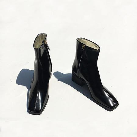 Suzanne Rae Spazzolato Leather Boots - Black