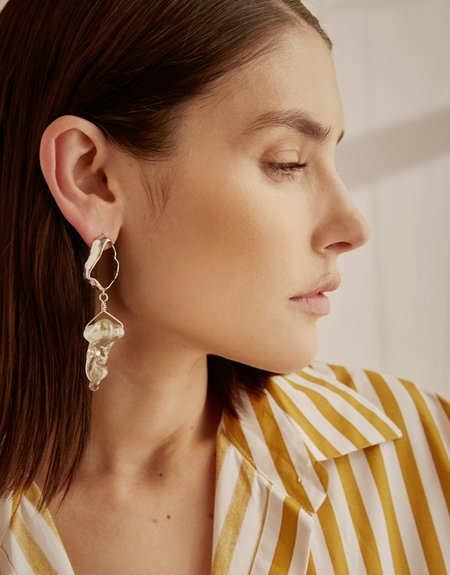 Cled Amorphous Earring (Single) - Clear Air