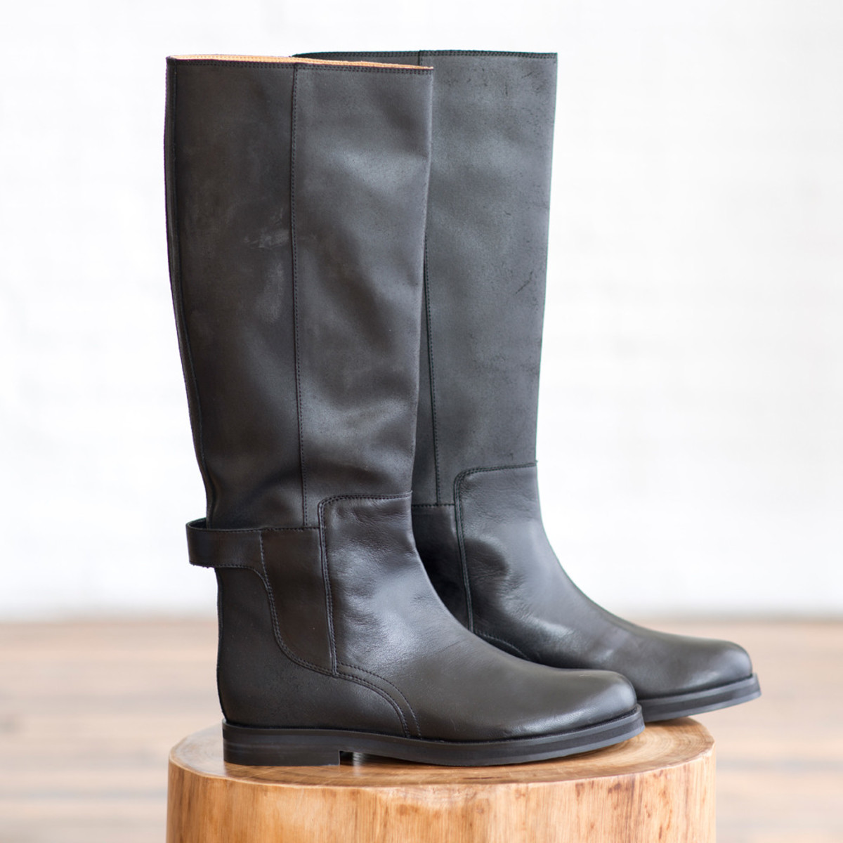 Mm6 by maison martin margiela riding boots garmentory - Videos xxl a la maison ...