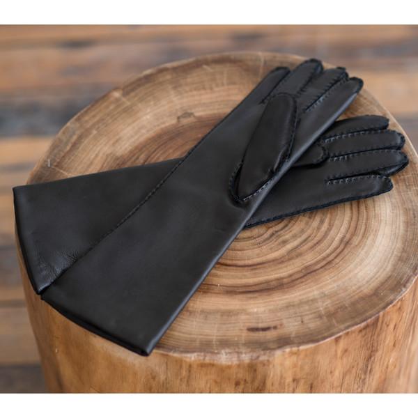 Yvonne Koné Stitched Gloves Black - SOLD OUT