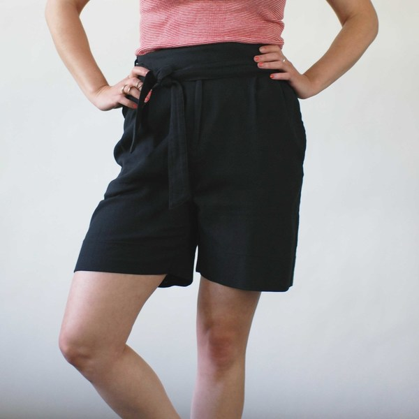 Curator Court Shorts in Black
