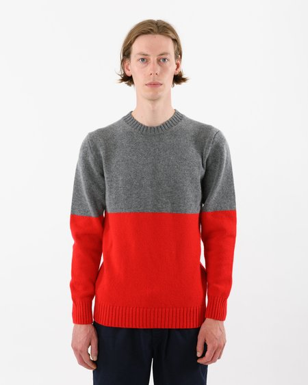 Country of Origin Updown Lambswool Crew sweater - Red