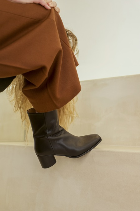 Anne Thomas Simon Boots - Calf Black