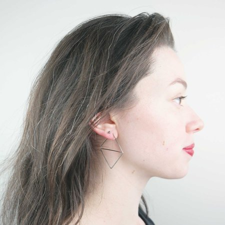 AOKO SU Psychic Earrings - Silver