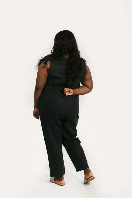 Two Fold Clothing Elspeth Linen Tank - Black