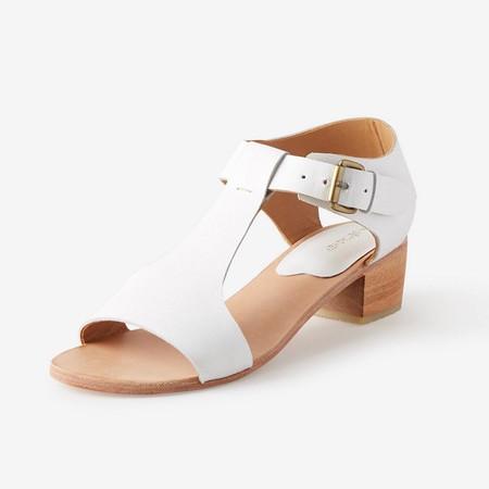 A Détacher Highsmith Sandal in White