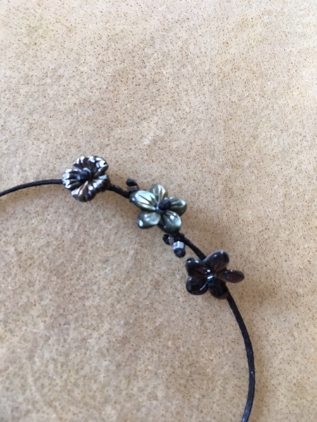 RiverSong Jewelry Tiny Treasures midnight flower Bracelet - Charcoal