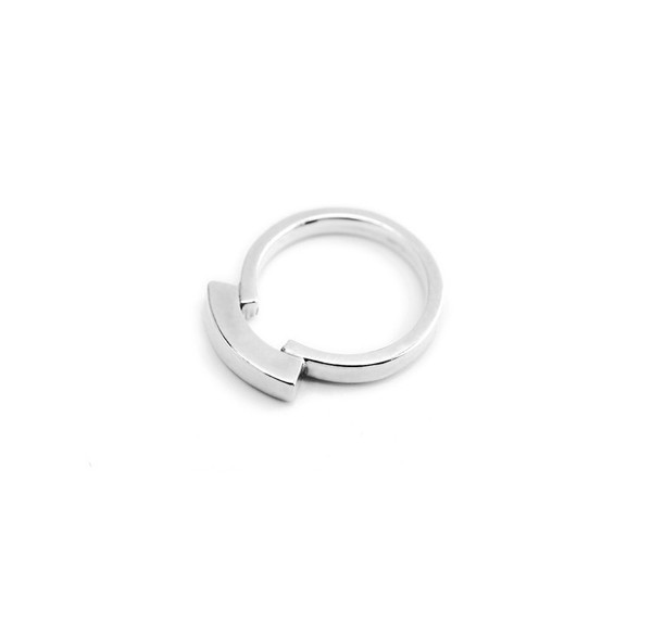 NEAL Jewelry Lore Ring Silver