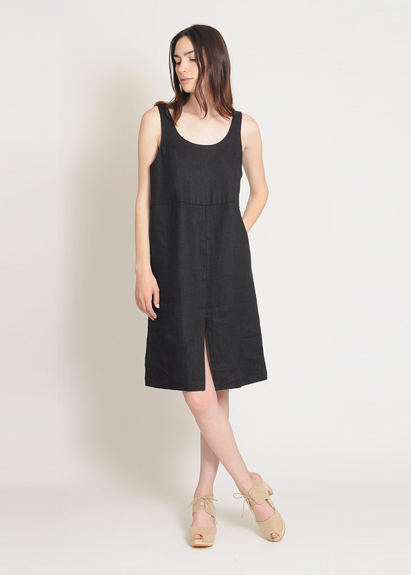 Are Studio Onyx Linen Dip Dress