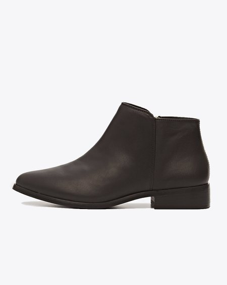 Nisolo Lana Ankle Boot - Black/Black
