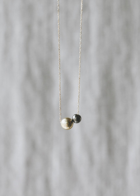 Another Feather - Large Deux Pearl Necklace