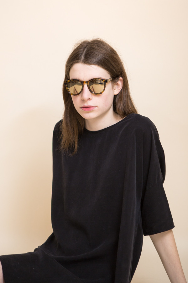 Le Specs Hey Macarena Sunglasses / Syrup Tort
