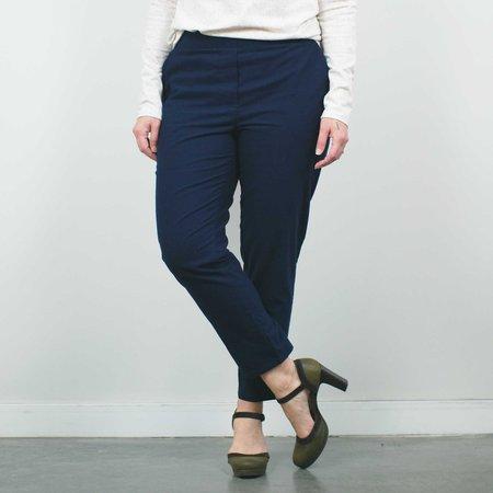 Atelier b. Slim Fit Trouser - Navy
