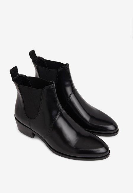 Matt & Nat Oslo Chelsea Boots - black