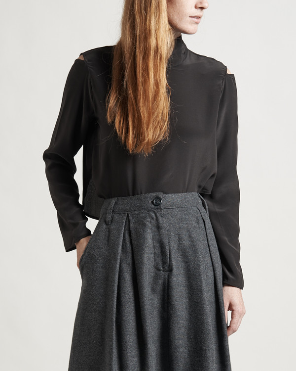 Objects Without Meaning Sabine Skirt