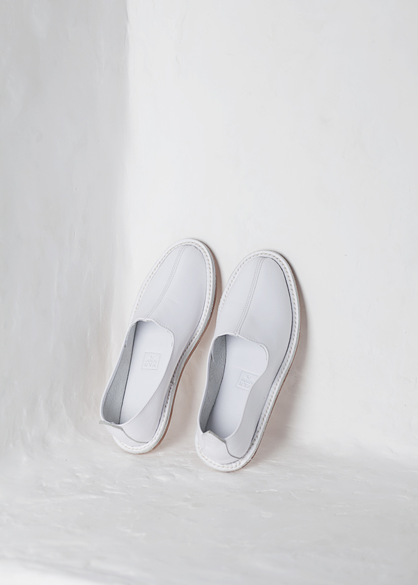 Vayarta Slip-On  - white