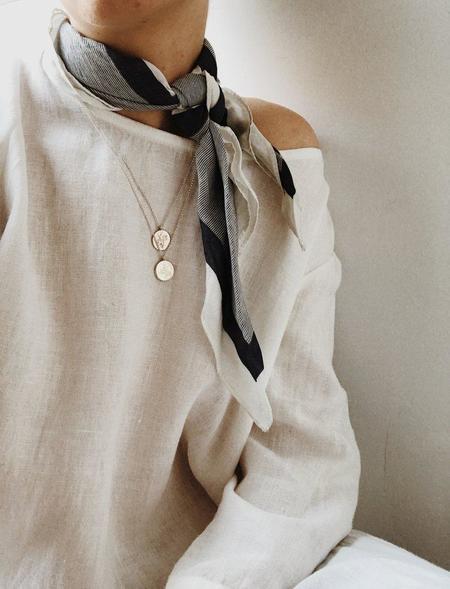 APSE ADORN Dvsas Moth Necklace - Silver