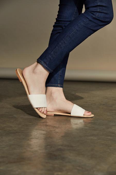 Nisolo Isla Slide Sandal - Bone