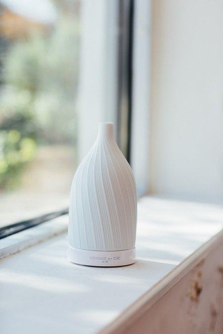 Voyage Et Cie Ceramic Diffuser - white