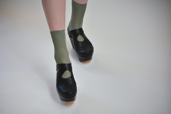 The Palatines Shoes Lemma Cross Clog - Black Leather