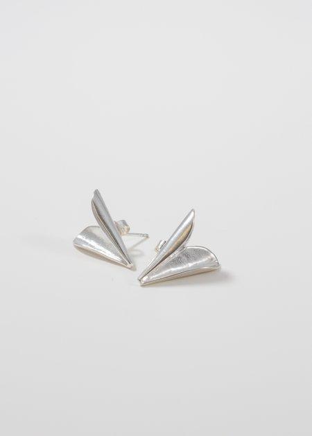 MIRIT WEINSTOCK Petite folded heart studs - silver