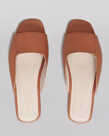 WILDER SHOES MAUDE SLIDE - TAN VACHETTA