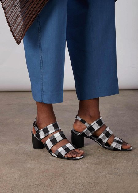 Miista Ivon Silk Sandals - black/white