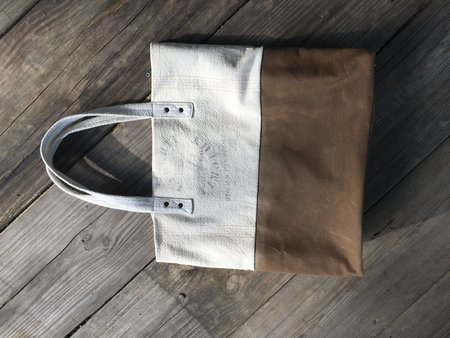 Anderst Canvas Tote - White / Luggage