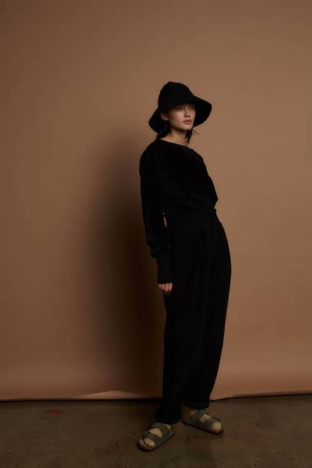 Feather Drum TORY SWEATER - BLACK VELOUR