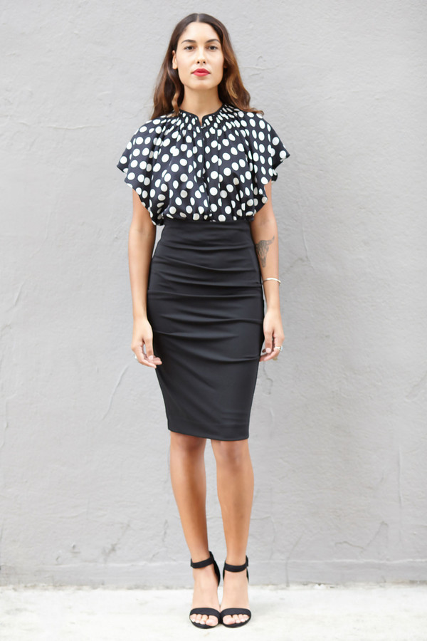 Nicole Miller Black Shirred Pencil Skirt