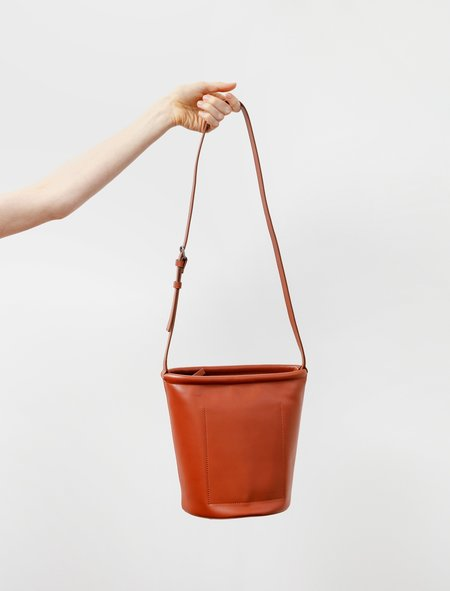 Isaac Reina Small Swing Bucket - Dark Honey