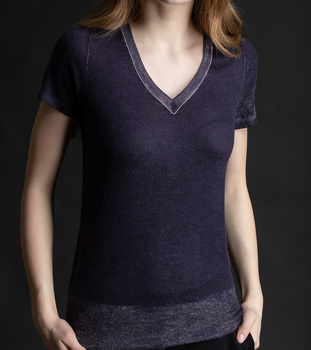 Paychi v neck fitted cashmere sweater- deep plum