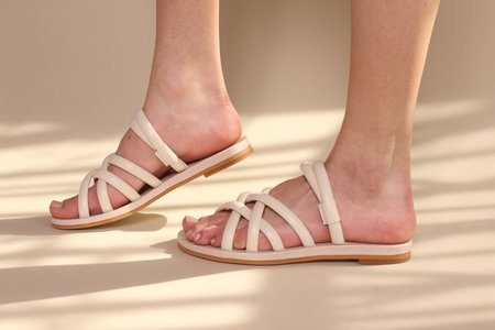 """""""INTENTIONALLY __________."""" Canary shoes - Cream"""