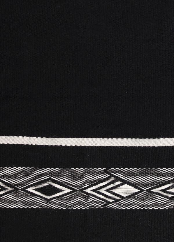 Voz Black Diagonal Shawl