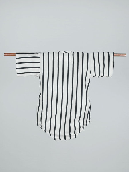 KIBORO Think outside the stripes Kimono - Black