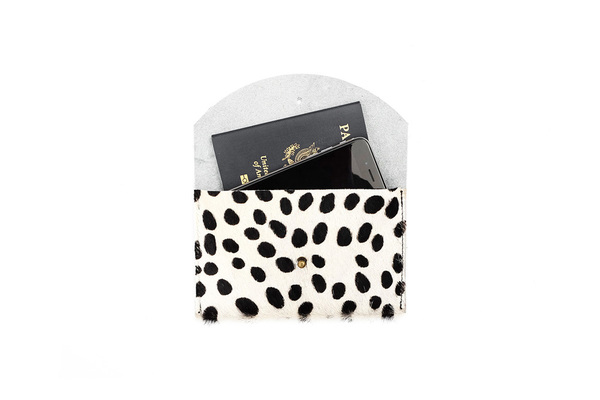Primecut CARAMEL SPECKLED PASSPORT CLUTCH