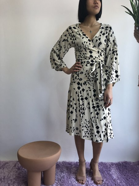 Melow Adelfa Dress - Écru/Noir