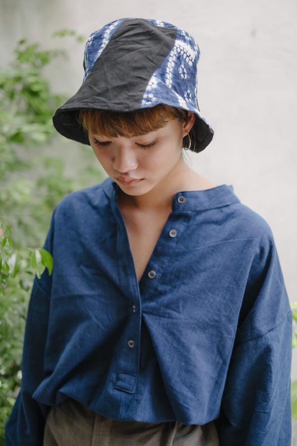 Seeker Studios The Poet Shirt - Indigo