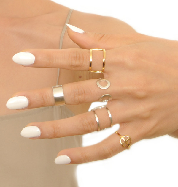 ALYNNE LAVIGNE - Double Line Ring