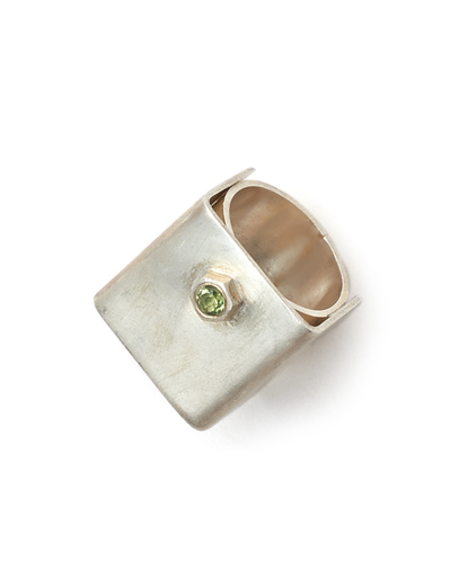NORITAMY SILVER SQUARE AND CZ RING