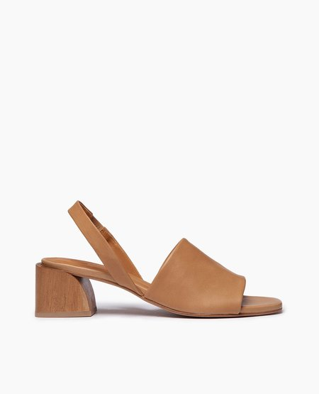 Coclico Okolo Sandal - Camel