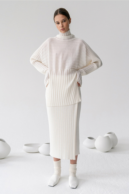 LE 17 SEPTEMBRE WOOL RIBBED TURTLENECK - IVORY