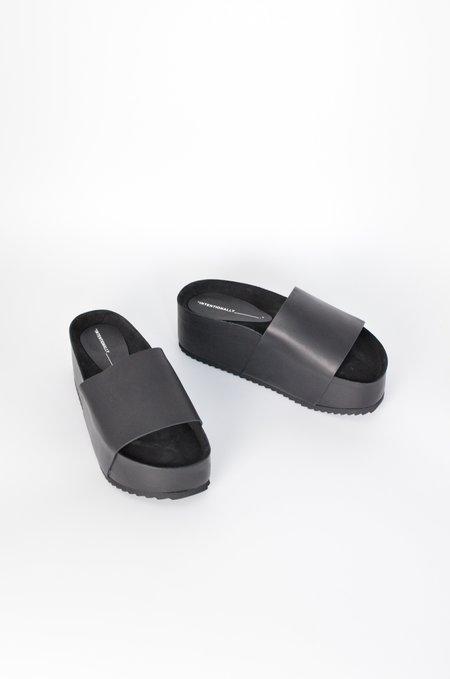 INTENTIONALLY _________ Cooper Slide - Black