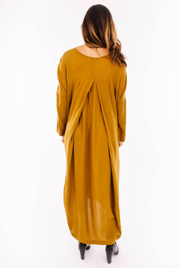 Black Crane Pleated Cocoon Dress (Gold Brown)