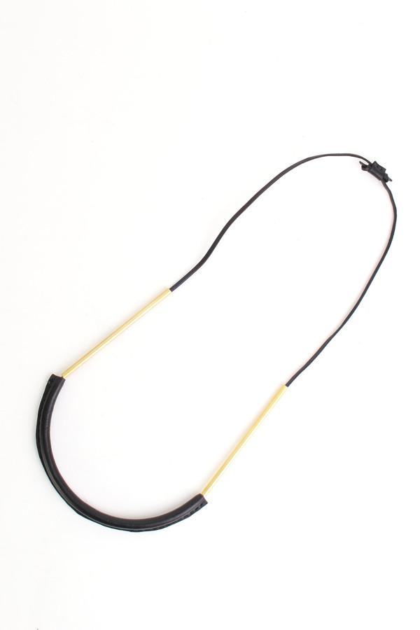 Crescioni Bare circuit necklace in black