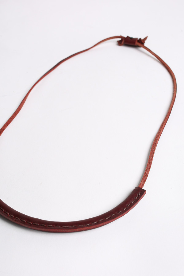 Crescioni Circuit necklace in oxblood