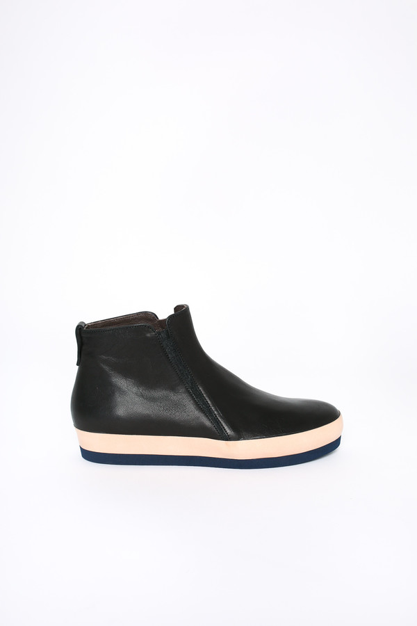 Coclico Grass bootie in pagoda black