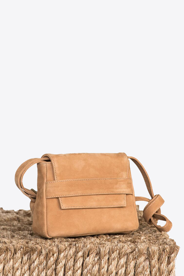 Ceri Hoover Mini challon handbag in fawn